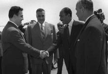 صورة جمال عبد الناصر يستقبل نور الدين الأتاسي بمطار القاهرة (4)