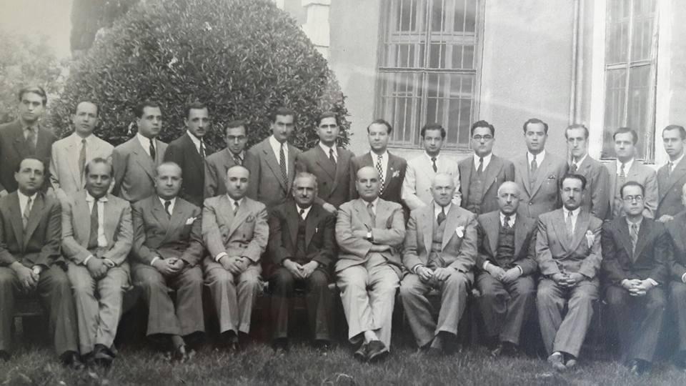 أعضاء الهيئة التدريسية في كلية الطب بجامعة دمشق عام 1945