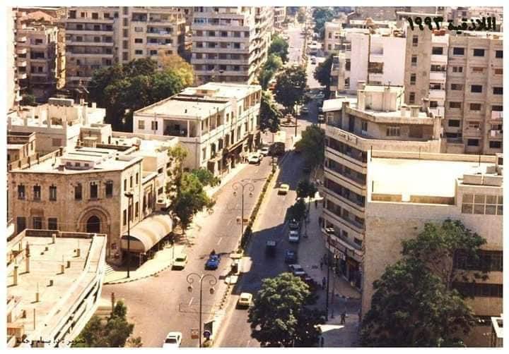 اللاذقية 1993- الصورة من برج الأوقاف باتجاه الجنوب وشارع 8 اذار