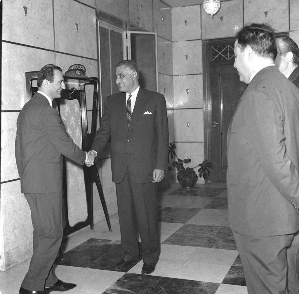 صلاح جديد وجمال عبد الناصر في حفل عشاء الوفد السوري بالقاهرة 1968 (2)