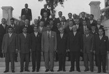 صورة جمال عبد الناصر يستقبل أعضاء غرف الصناعة والزراعة في سورية عام 1958م