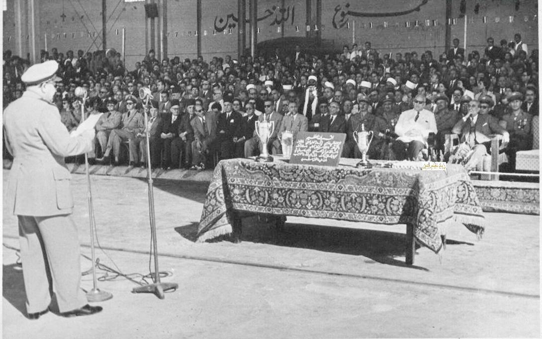 توفيق نظام الدين يلقي كلمة في حفل تخريج ضباط القوى الجوية 1956م (1)