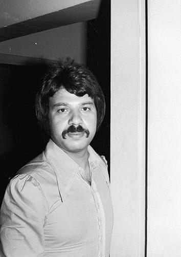 الفنان الممثل توفيق العشى عام 1977