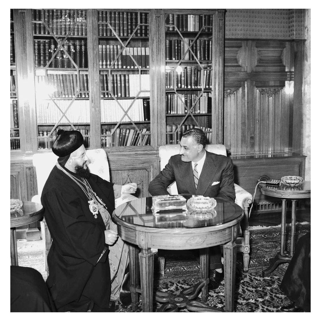 جمال عبد الناصر يستقبل بطريرك السريان الأرثوذكس عام 1959(7)
