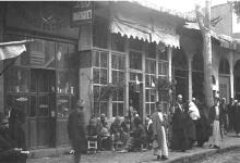 صورة هلا قصقص: المقاهي الشعبية في دمشق بالقرن التاسع عشر