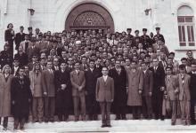 صورة زيارة وفد مديرية التربية في السويداء إلى الأردن عام 1956