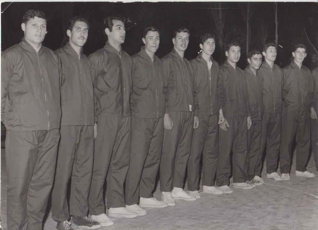 فريق نادي الغوطة الدمشقي بكرة السلة عام 1963-1964