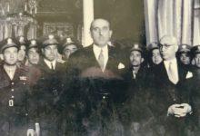 صورة شكري القوتلي في استقبال وفد الطيارين السوريين من لندن عام 1947م