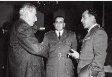 صورة شوكت شقير وتوفيق نظام الدين مع فخري البارودي عام 1954م