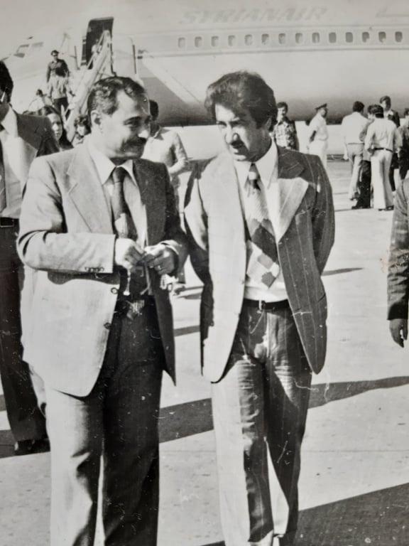 أحمد عنتر ومحمد مخلوف في مطار دمشق الدولي عام 1974