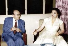 صورة عبد الغني العطري وكوكب الشرق أم كلثوم في دمشق 1955