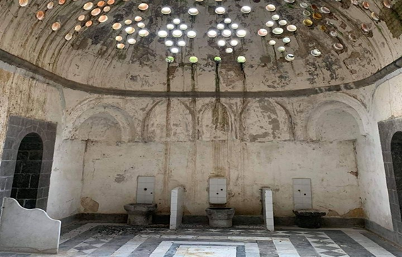 صورة تقاليد العرس في حمص .. حمام العروس