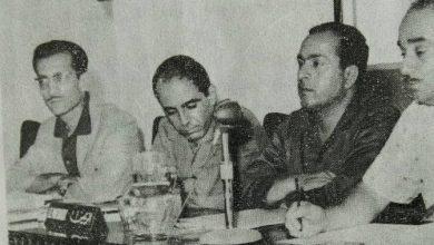 صورة مروان حبش وعبد الحميد المقداد في مؤتمر الاتحادات الصناعية عام 1969م