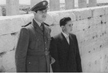 صورة النقيب أديب شرف وزياد نظام الدين في تدمر 1957 (1)