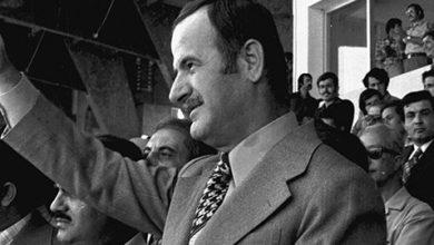 صورة حافظ الأسد في افتتاح ملعب العباسيين (7)