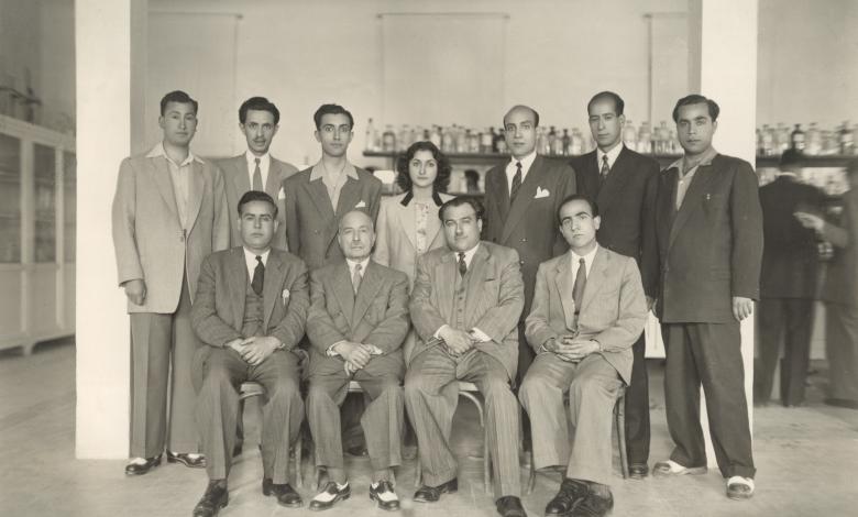 صورة نجاح ساعاتي .. في الجامعة السورية عام 1946