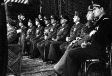 صورة ضباط من الجيش – احتفال عيد الجلاء 1954  8