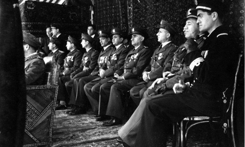 صورة ضباط من الجيش – احتفال عيد الجلاء 1954 (8)