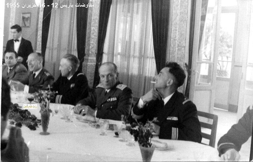 مأدبة عشاء في باريس على شرف الوفد العسكري السوري عام 1955 (2)