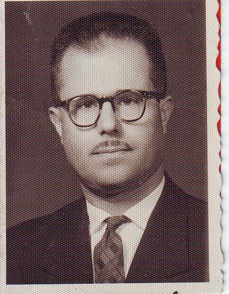 يوسف الدبيسي