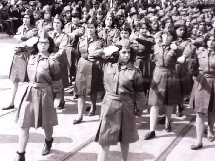 طالبات ثانوية معاوية في احتفال عيد الجلاء في حلب 1966