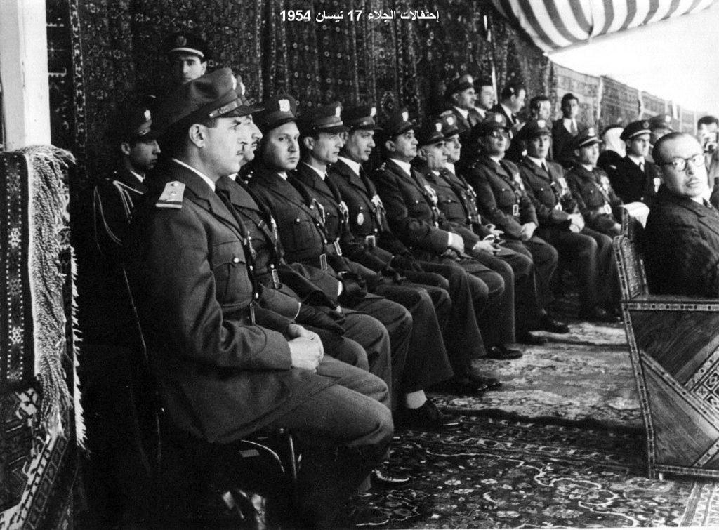 ضباط من الجيش - احتفال عيد الجلاء 1954 (5)
