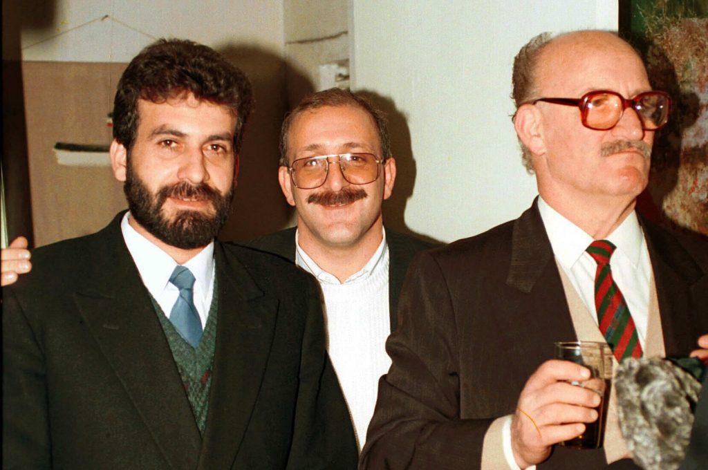نصر الدين البحرة في افتتاح معرض ابنه الفنان عمر عام 1993م