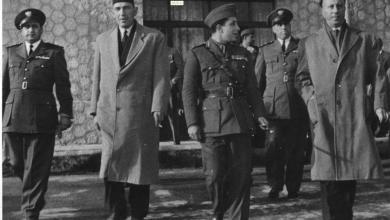 صورة ملك العراق فيصل الثاني في مطار المزة عام 1954 (2)