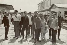 صورة نجاح ساعاتي مع وفد جمعية الصداقة السورية – السوفيتية في موسكو عام 1970 (2)