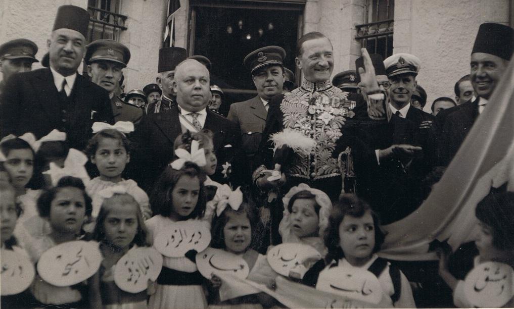 تاج الدين الحسني ومحمد العايش في احتفالات إعلان الوحدة السورية 1942م