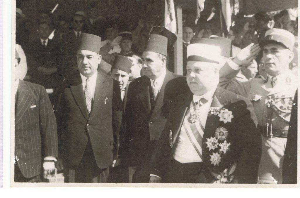 تاج الدين الحسني وحكمت الحراكي ومحمد العايش عام 1942م
