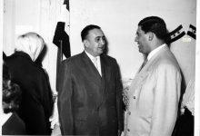 صورة توفيق نظام الدين في زيارة مركز لرعاية المكفوفين في دمشق عام 1956 (5)