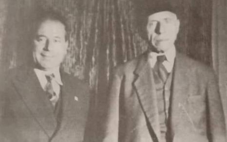 صورة أنطون سعادة والقاضي عبد الغني إسرب في اللاذقية عام 1948م
