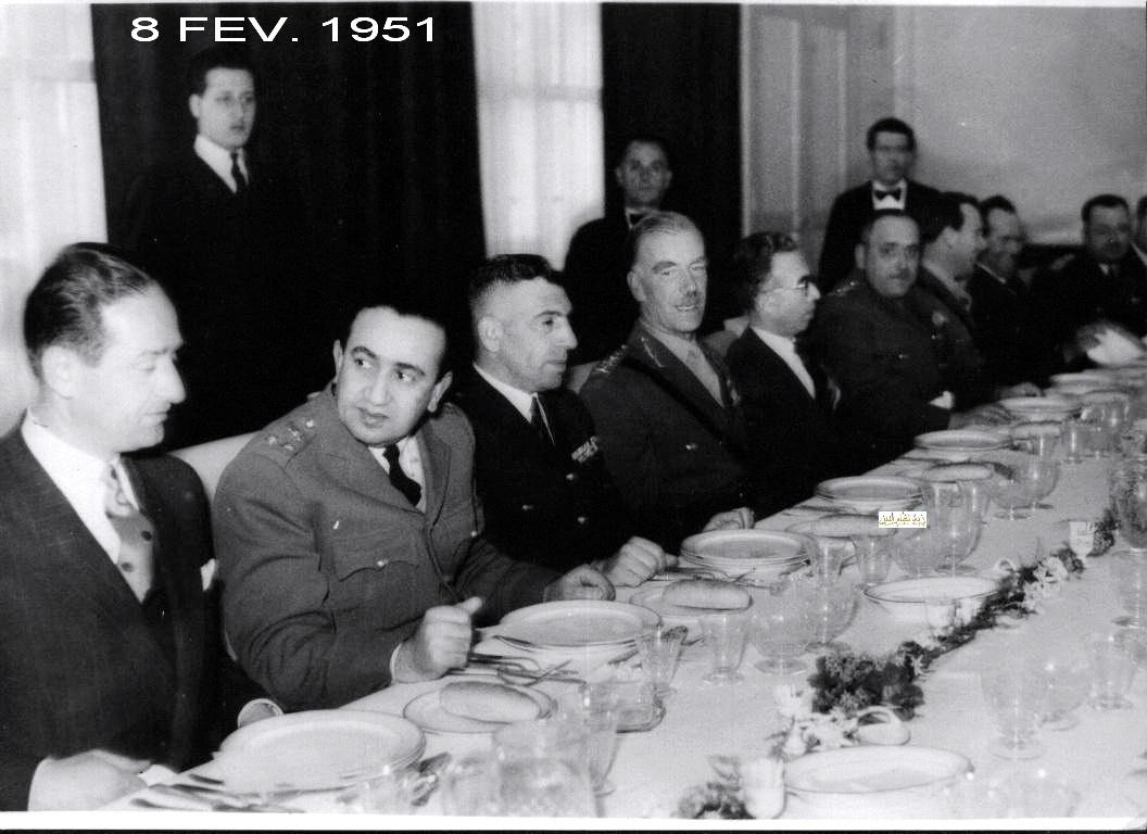 المأدبة التي أقامها ناظم القدسي للجنرال البريطاني روبرتسون 1951 (2)