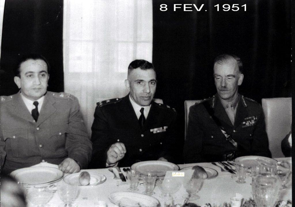 المأدبة التي أقامها ناظم القدسي للجنرال البريطاني روبرتسون 1951 (3)