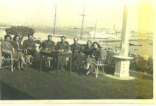 صورة مجموعة من الضباط السوريين في بورسعيد أيام الوحدة