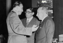 صورة منير العجلاني وبدوي الجبل وتوفيق نظام الدين عام 1955